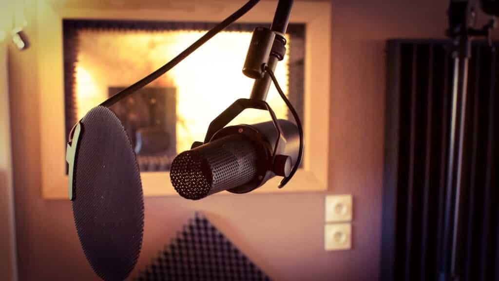 Enregistrement de voix avec un Shure SM7b au The Office / The Artist Paris